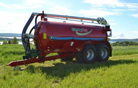 Gjødselvogn SlurryKat med lessearm