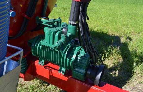 Gjødselvogn med Battioni pumpe