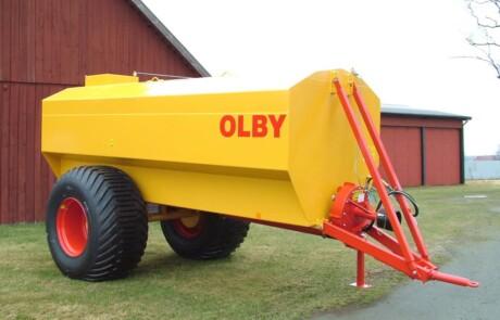 Gjødselvogn OLBY 12 000 ut kran