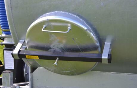 gjødselvogn HILL rengjøringsluke