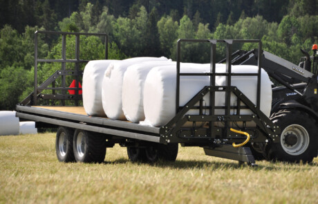 Rundballehenger 16 tonn - Bala Agri - med rundballe last